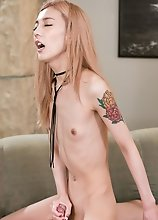 Skinny Japanese ladyboy Chulin Nakazawa is really horny and hard, she loves sumata